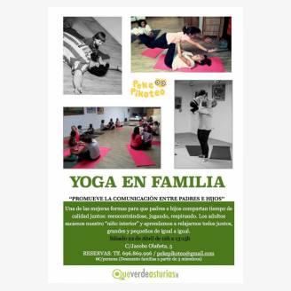 Yoga en familia en PekePikoteo